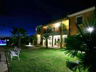 TH00113 Apartments Fiorido / Brown A7 - Medulin vacation rentals