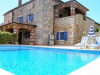TH00047 Istrian Villa Rita Kastelir - Kastelir vacation rentals