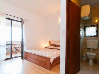TH00226 Apartments Iv / Two bedrooms A3 - Pjescana Uvala vacation rentals