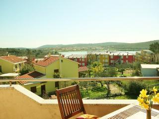 TH00233 Apartments Villa Loredana / Two bedroom Blue A3 - Banjole vacation rentals