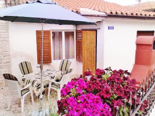 TH00252 House Cukon / Two bedrooms Apartment - Medulin vacation rentals