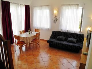 TH00230 Apartments Leveric / Two bedrooms Tamara - Rovinj vacation rentals