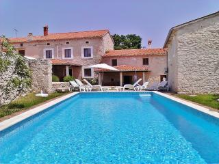 Nice Villa with Internet Access and A/C - Orihi vacation rentals