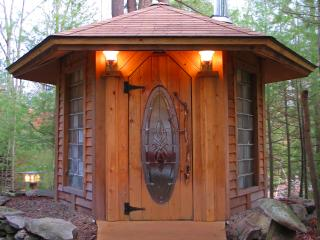 Nice Cabin with Deck and Hot Tub - Greeley vacation rentals