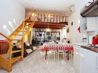 TH00330 Apartment Emilia / Galery one bedroom - Vodnjan vacation rentals