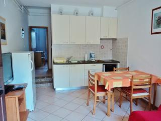 TH00332 Apartment Grgurevic / One bedroom A1 - Pula vacation rentals