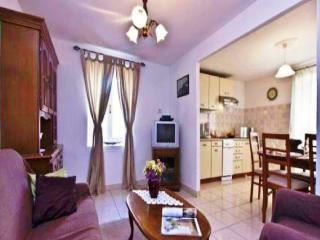 TH00358 Country House Maya - Krnica vacation rentals