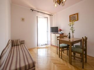 TH00404 Apartments Patricija / Two bedrooms A3 - Rovinj vacation rentals