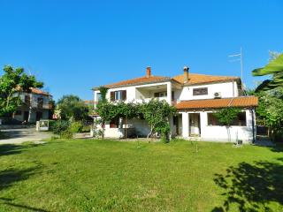 TH00405 Apartments Cetina / One bedroom A1 - Rovinj vacation rentals