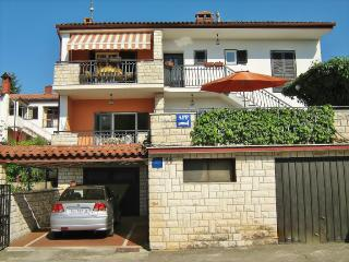 TH00414 Apartments Loredana / Three bedrooms A1 - Porec vacation rentals