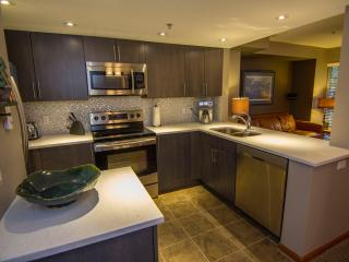 Lagoons 98, a pet-friendly 3 bdrm, private hot tub - Whistler vacation rentals