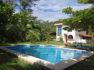 Mother Nature's House - Puntarenas vacation rentals