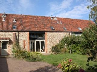 Nice Cottage with Internet Access and Central Heating - Great Bircham vacation rentals