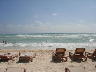 Paseo Del Sol Rooms - Playa del Carmen vacation rentals