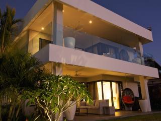Leora Apartments - Premium by Horizon Holidays - Tamarin vacation rentals