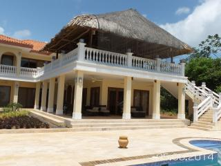 High class Villa with private beach Isla Viveros - Panama Province vacation rentals