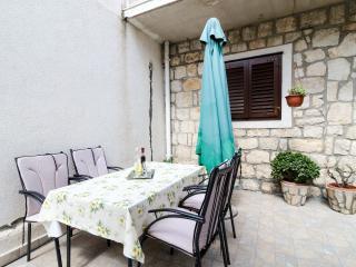 Apartments Katarina - A5+2 - Slano vacation rentals