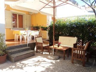 Appartamento a 120 mt. dalla spiaggia - Santa Maria Navarrese vacation rentals