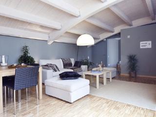 Gervasi Elegant III - Barcelona vacation rentals