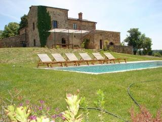 Spacious Villa with Internet Access and Satellite Or Cable TV - Asciano vacation rentals