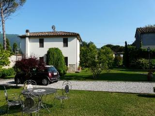 holiday apartment in villa near Lucca A - Santa Maria del Giudice vacation rentals