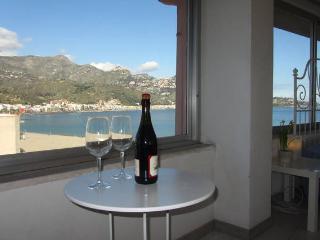 Giardini Naxos-Rosal-super attic apart deluxe - Giardini Naxos vacation rentals