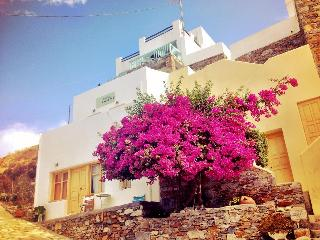 Romantic 1 bedroom Condo in Kithnos - Kithnos vacation rentals