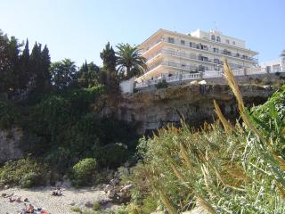 GREAT LOCATION  a stroll  to the Balcon- pool & A/C- wifi- OFFER May 1st to 8th - Nerja vacation rentals