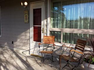 Garden Sanctuary Apartment - Seattle Metro Area vacation rentals