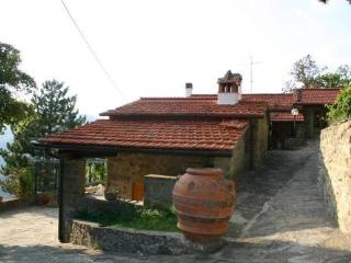 villa intento - Londa vacation rentals