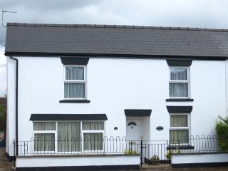 Nice Cottage with Internet Access and Dishwasher - Coleford vacation rentals