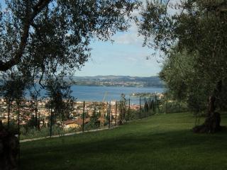 Bed & Breakfast Giardini di Corte - Toscolano-Maderno vacation rentals