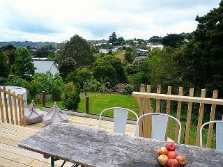 Little - Auckland vacation rentals