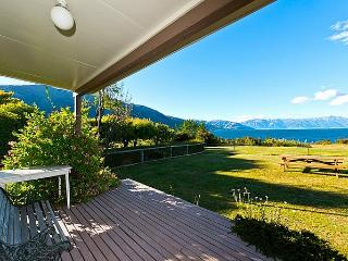 Lakefront Vista - Lake Hawea vacation rentals