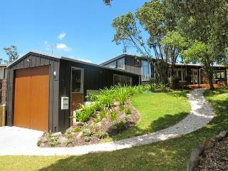 Tangiora Haven - Whangapoua Holiday Home - Whangapoua vacation rentals