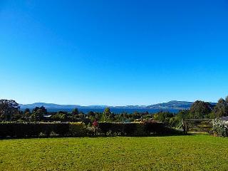 View 360 - Mourea vacation rentals