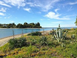 Kina Beachhouse - Nelson-Tasman Region vacation rentals