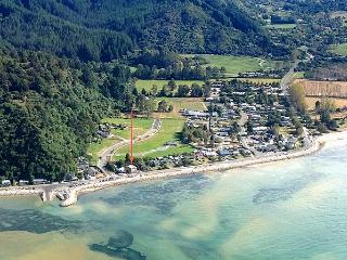 Tides - Nelson-Tasman Region vacation rentals