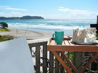 Onetangi Beach Bach - Waiheke Island vacation rentals