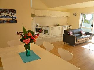 Waiheke Palms - Ostend vacation rentals
