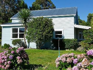 Blue Sky Bach - Nelson-Tasman Region vacation rentals