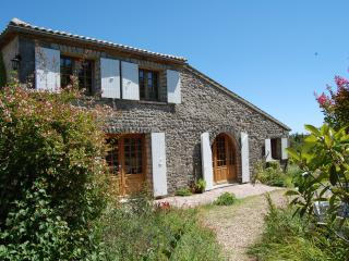 Nice Farmhouse Barn with Internet Access and Outdoor Dining Area - Saint Martial de Mirambeau vacation rentals