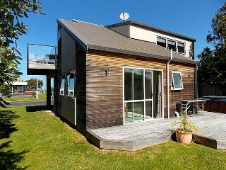 By The Beach - Whangamata vacation rentals