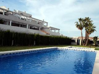 Albir - Nice 2 Bedroom Apartment - Albir vacation rentals