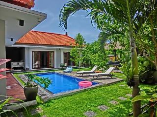 Lux 3Bed Villa 88 BatuBelig,Seminyak.Walk to Beach - Seminyak vacation rentals