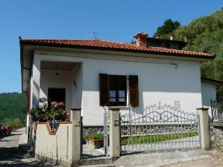 3 bedroom House with Central Heating in Codiponte - Codiponte vacation rentals