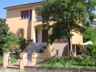 Charming Lucca Condo rental with Internet Access - Lucca vacation rentals