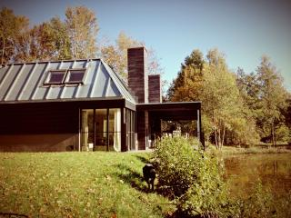 Nice Lodge with Internet Access and Short Breaks Allowed - Denekamp vacation rentals