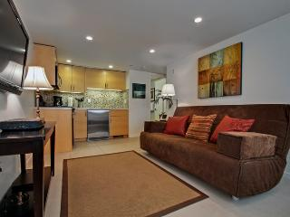 4980 Cliff Unit C - Available Monthly Only - Capitola vacation rentals