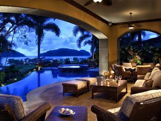 4 bedroom Villa with Internet Access in Playa Conchal - Playa Conchal vacation rentals